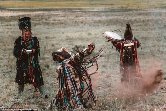 three siperian shamans