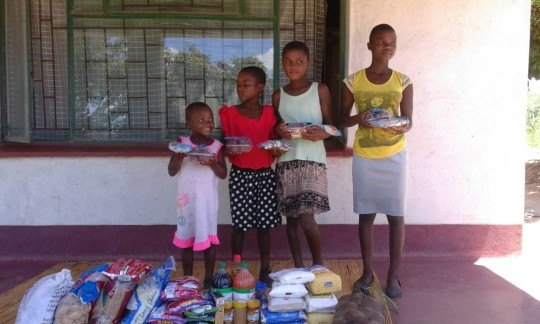 Children thanking for Christmas Gifts 1