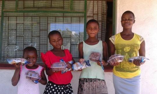 Children thanking for Christmas Gifts 2